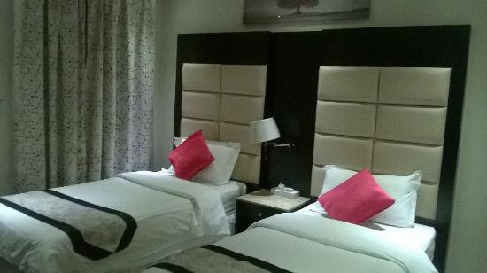 扎那德里亞套房 7 飯店