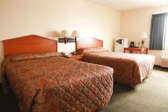 Commodore Perry Inn and Suites : Non smoking  double beds