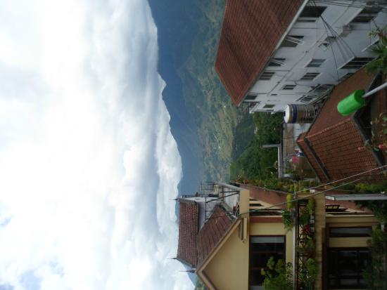 Cat Cat Hotel: View of Sapa