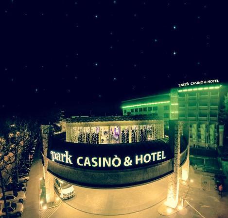 파크 카지노 & 호텔