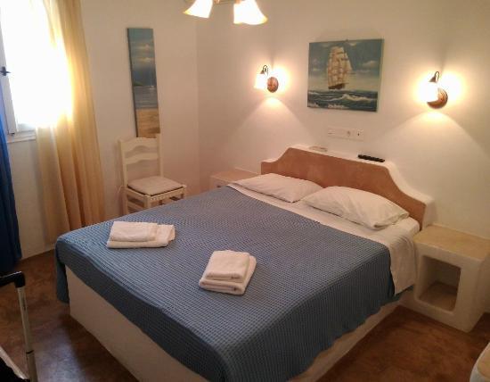 Veletas Rooms: Nice clean room