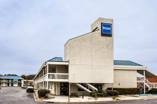 Photo of Rodeway Inn & Suites Greenville
