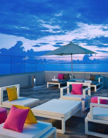 Aloft Cancun: Roof garden