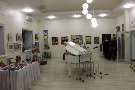 White Piano Gallery