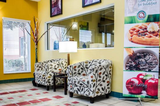 Quality Inn Pensacola: Fl Lobby