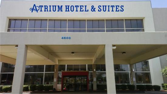 Atrium Hotel & Suites, DFW Airport South: Exterior view