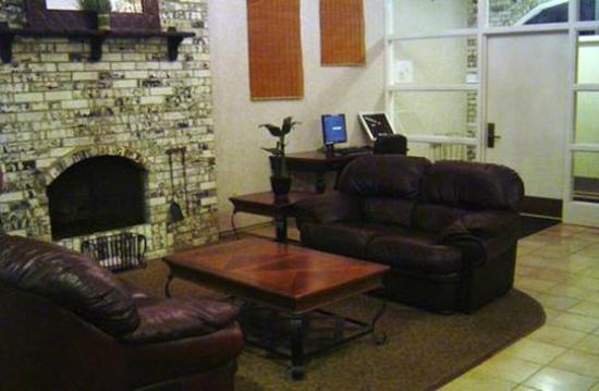 Welcome Inn: Lounge