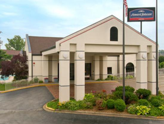 Angel Inn by the Strip: Welcome to the Howard Johnson Branson