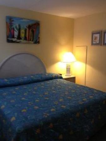 Granada Ocean Resort: King Bed