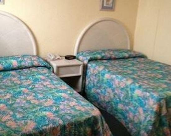 Granada Ocean Resort: 2 Double beds