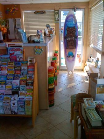 Granada Ocean Resort: Office Lobby
