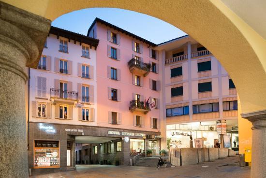 Lugano Dante Center Swiss Quality Hotel : Exterior - Piazza Cioccaro