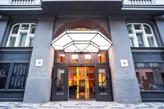 The Emblem Hotel