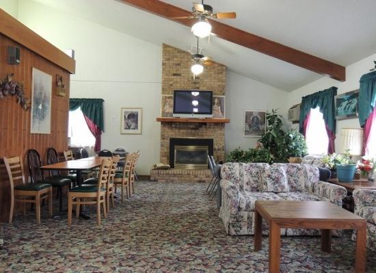 Stewartville, MN: Lobby