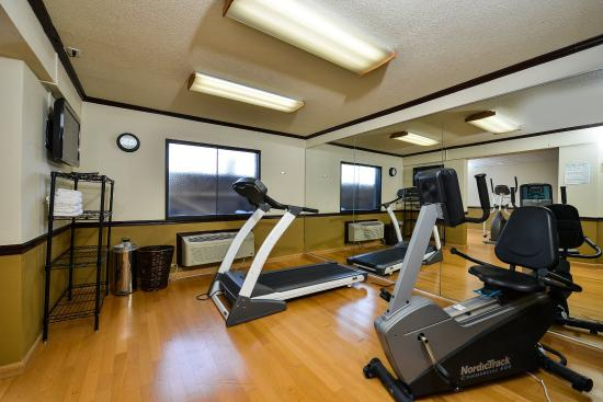 Quality Inn DFW-Airport: exercise room