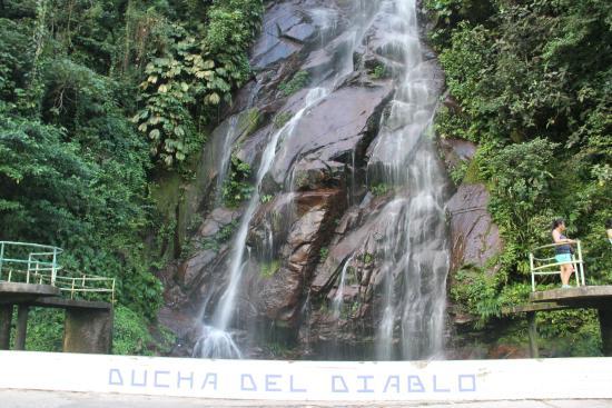 Cascada ducha del diablo picture of boqueron del padre for Ducha cascada