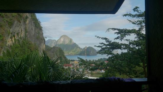 El Nido Viewdeck Inn: View from the balcony