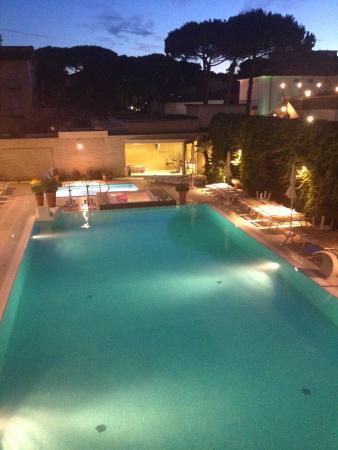 Hotel Derby Exclusive: piscina