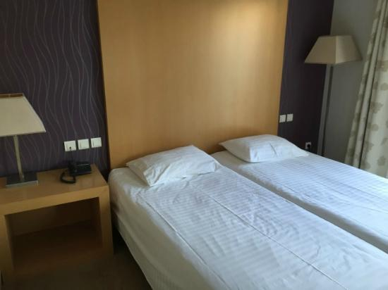 Central Athens Hotel: Room 414