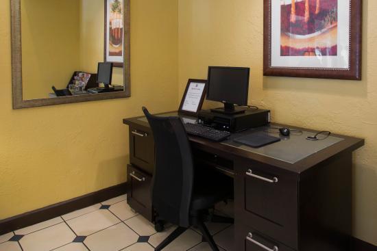 Quality Suites: Fl Comp