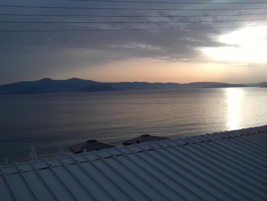 Litsa Studios: terrace view sunset