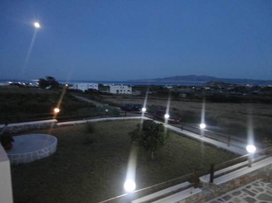 Mikri Vigla, Grèce : εισοδος εστιατοριου      entrance restaurant
