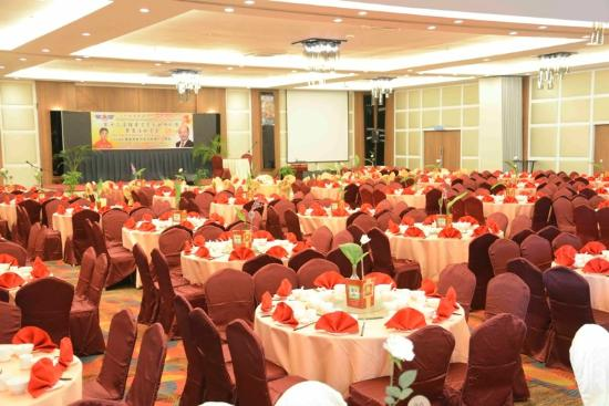 Likas Square Apartment Hotel: Ballroom set up
