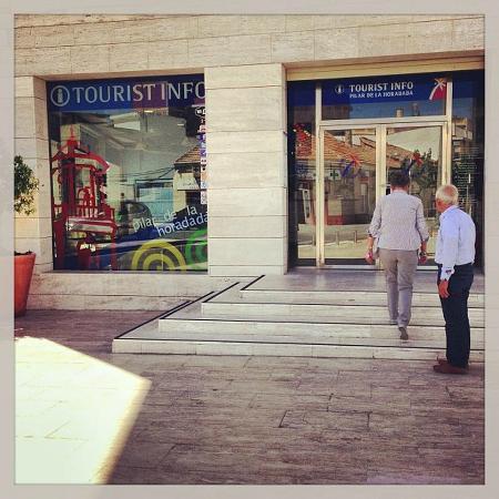 Oficina de turismo pilar de la horadada spanien omd men for Oficina turismo valencia