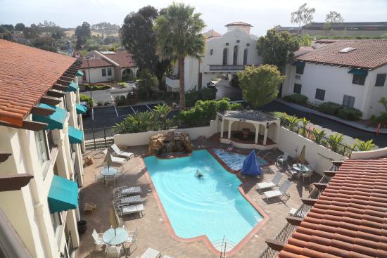 Best Western Casa Grande Inn : Вид из дверей номера.
