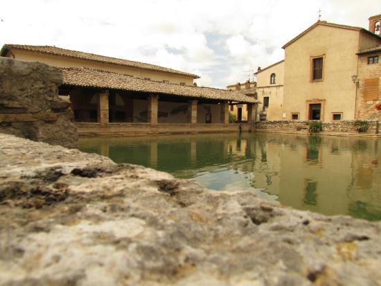 Stupendo picture of terme bagno vignoni san quirico d 39 orcia tripadvisor - Bagno vignoni terme ...