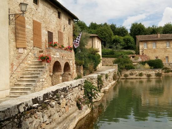 Stupendo - Picture of Terme Bagno Vignoni, San Quirico d'Orcia - TripAdvisor