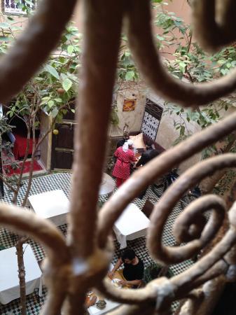 Hotel La Maison Nomade : Blick aus einem Zimmer in den Hof
