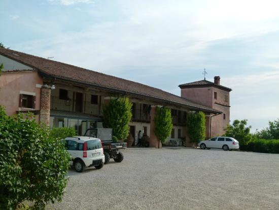 Villa San Biagio : Entrée et parking