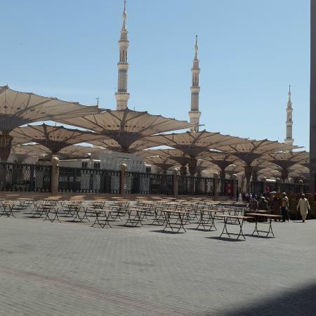 Masjid Nabawi Tampak Dari Sisi Samping Belakang Foto Masjid