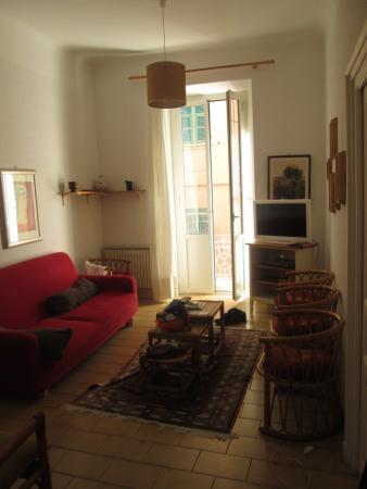 Residence Olivotti: The lounge area and balcony