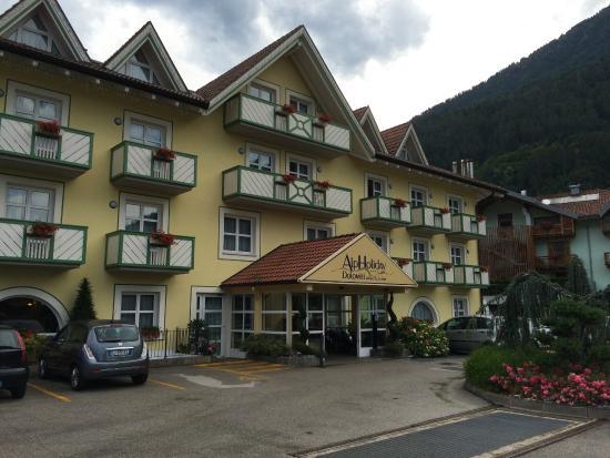 AlpHoliday Dolomiti Wellness & Fun Hotel: Hotel a Dimaro