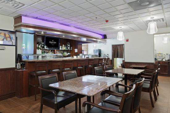 Country Inn & Suites By Carlson, Prospect Heights: Bar/Lounge