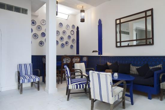 Le Salon Bleu : Une Maison Toute Bleue