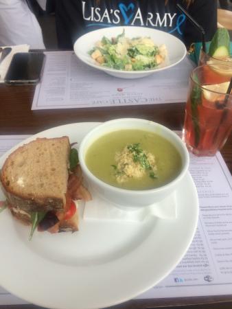 The Castle Cafe: photo0.jpg