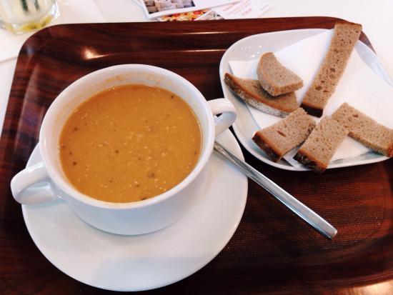 Fresh Choice : Lentil-tomato soup