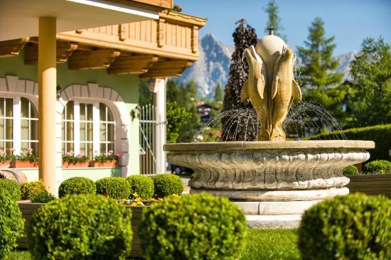 Hotel Elite Seefeld: Springbrunnen