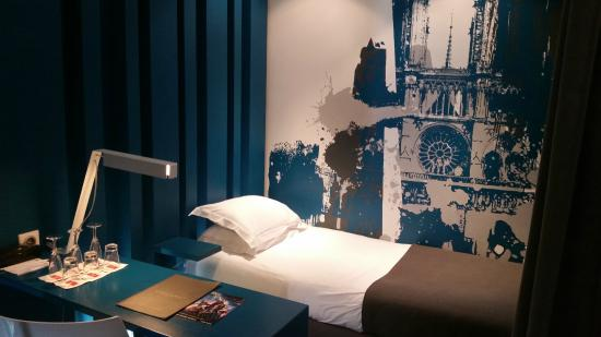 Hotel Arc de Triomphe Etoile: Quarto triplo - cama solteiro