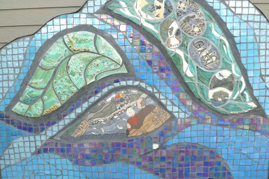 Kicking Horse Pedestrian Bridge: Nice mosaics in the nearby community square