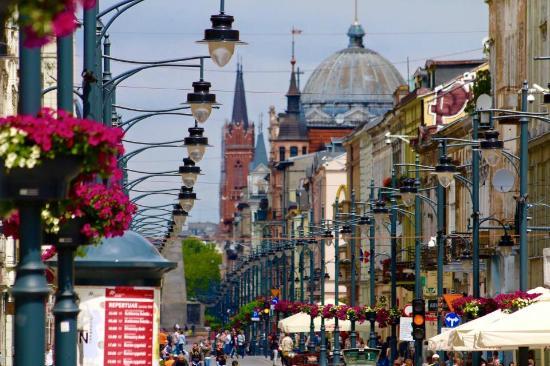 Piotrkowska Street: Day..