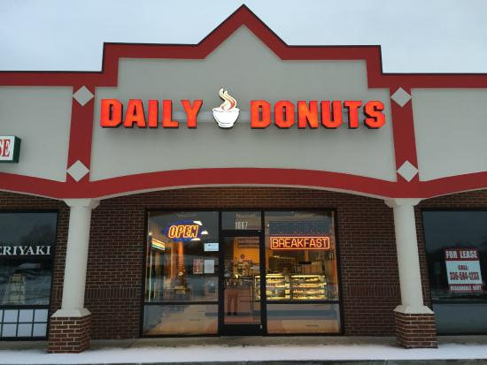 Daily Donuts: Our shop