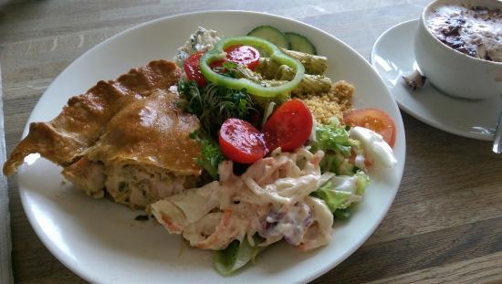 Howard's Kitchen Chicken Pie & Salad