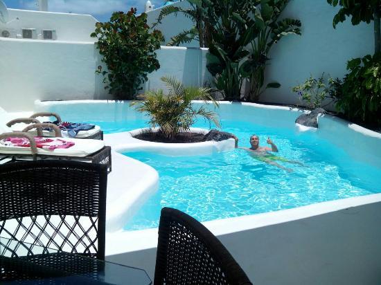 Foto de bahiazul villas club corralejo piscina privada for Piscina privada