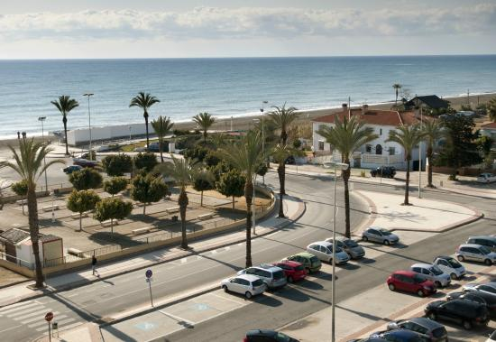 BQ Andalucia Beach Hotel: Seafront area & Public Parking