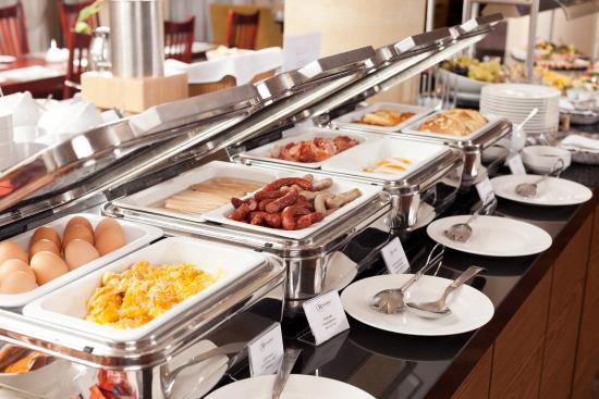 buffet breakfast - hot dishes