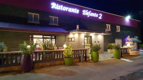 Restaurant Elephant 2